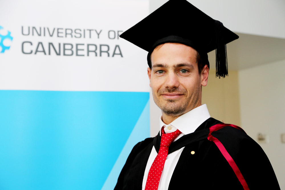 Paralympian Evan O'Hanlon graduated with a Bachelor of Landscape Architecture from the University of Canberra on 12 April