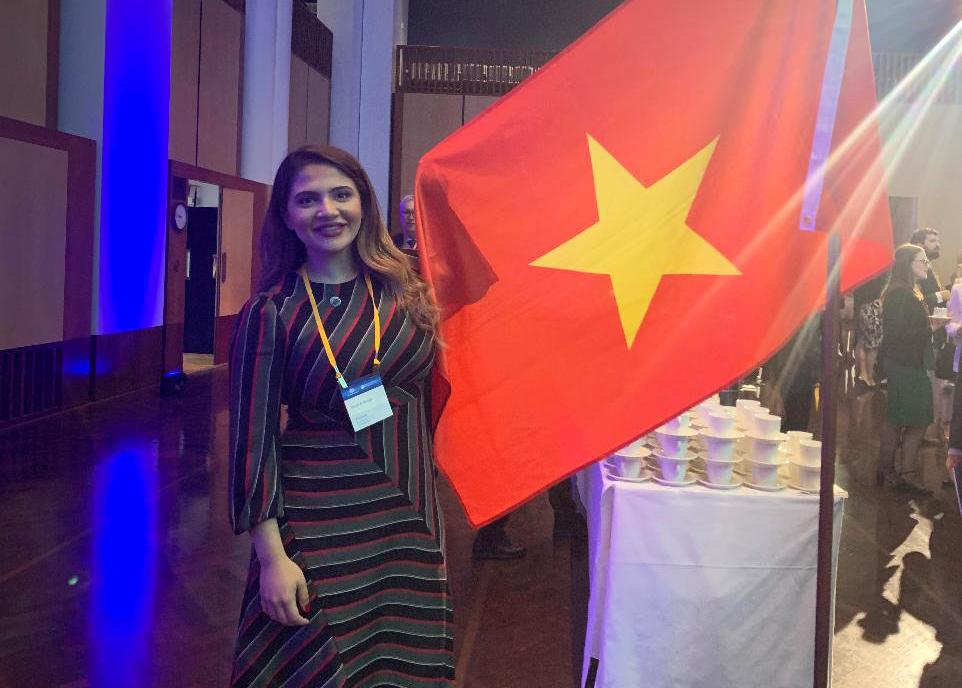 Rund Alnasser in Vietnam