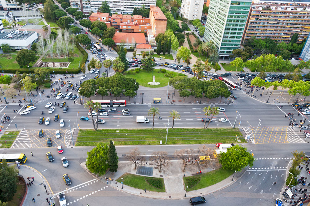 National and local governments around the world must collaborate to better manage urban growth, according to UC researcher