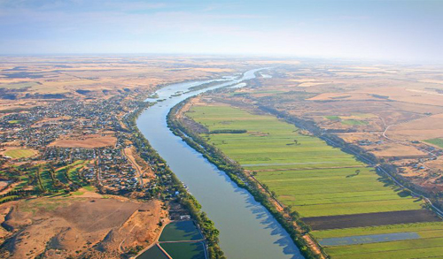 An aerial image of a community living alongside the Murray River
