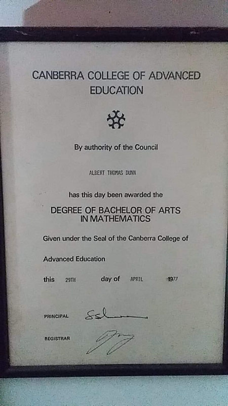 The graduation certificate from 1977