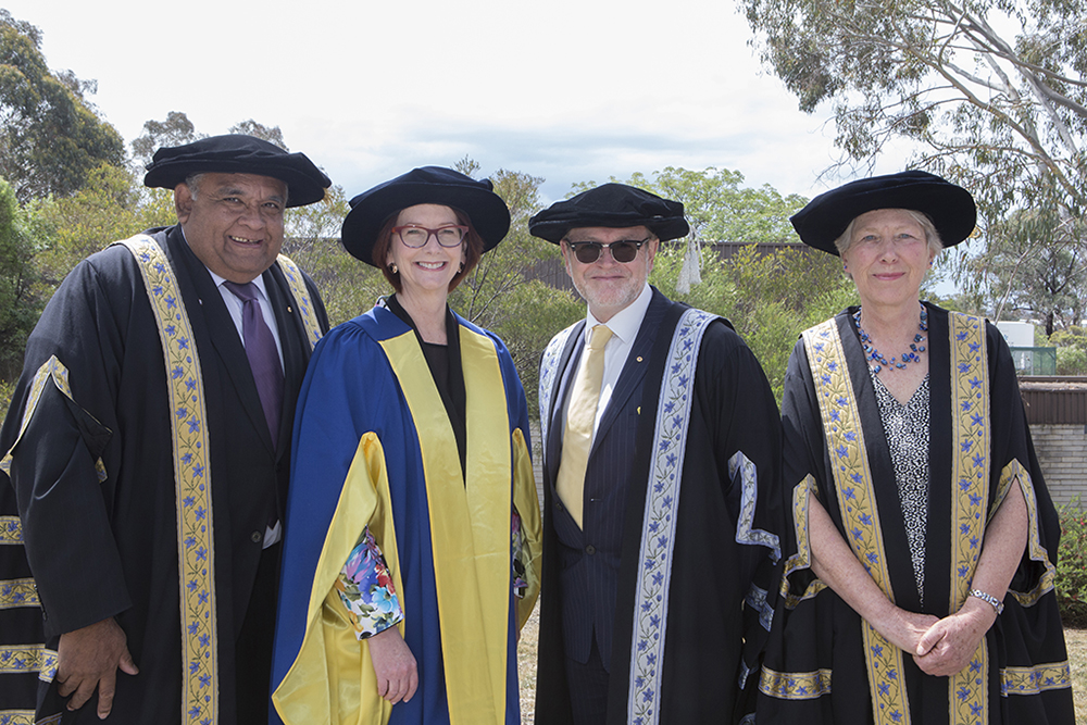 Julia with Chancellor and Vice-Chancellor