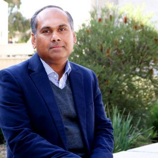 Dr Kumudu Munasinghe has been recognised by Australia's leading engineering body, Engineers Australia.