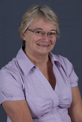 Dr Jenny Chesters
