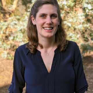 Elizabeth Webb profile