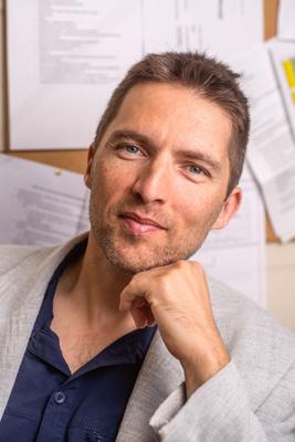 Associate Professor Thomas Nielsen