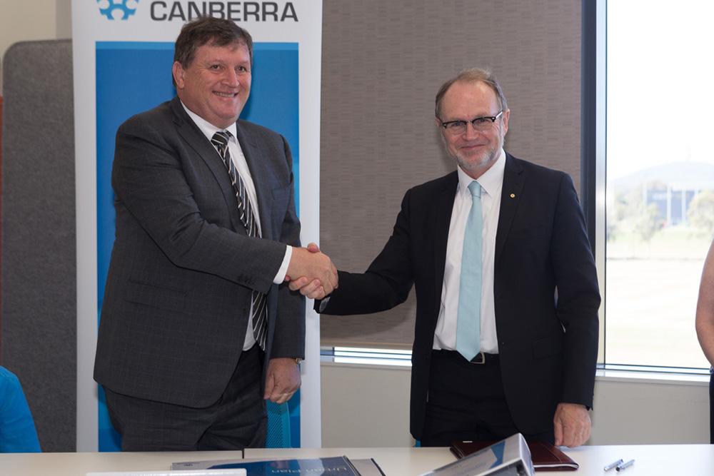 Moran Australia signing