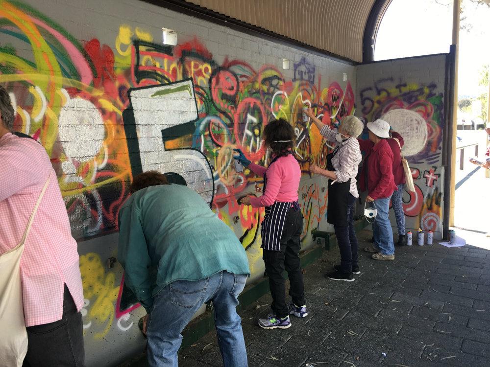 Streetwise Spray Painting